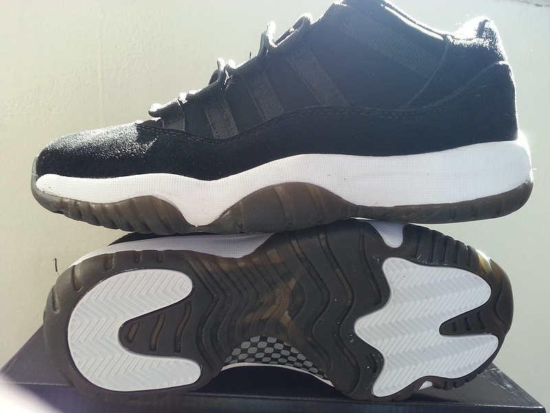 2015 Cheap Nike Air Jordan 11 Retro Black White