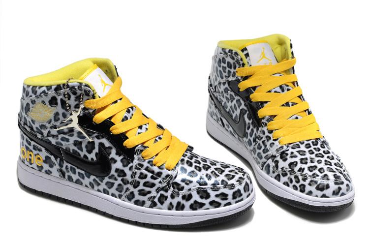 075d5b81160091 ... Authentic Jordan 1 Cheetah Print White Black Yellow For Kids Supreme  Flight Club Air ...