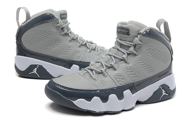 e40ca16f0f70 Air Jordan 9 IX Retro Low BG Pantone Womens Basketball Shoes