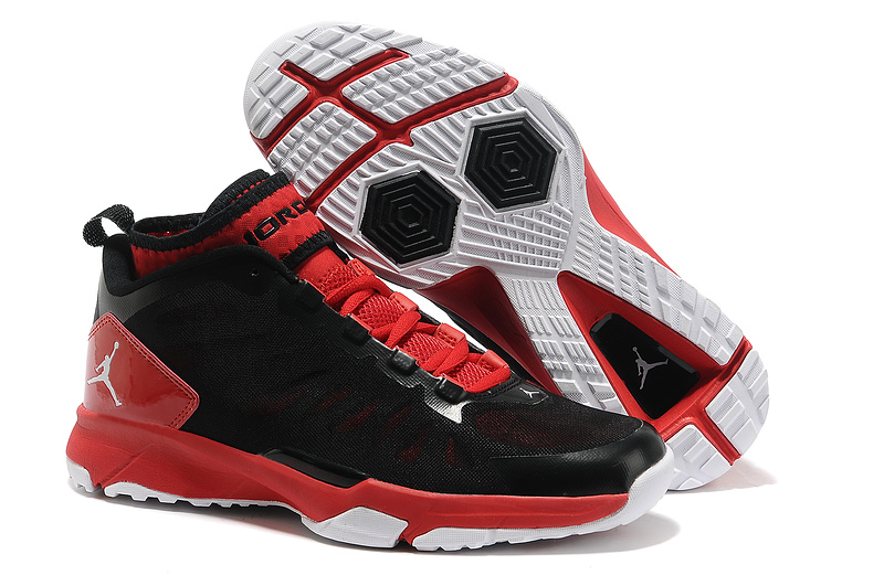 Jordan Trunner Dominte Pro Black Red Shoes
