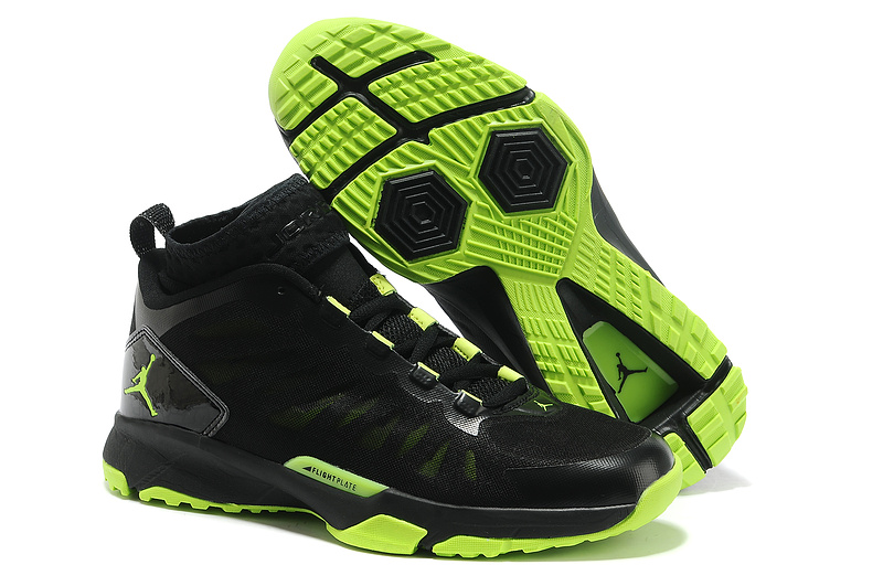 Jordan Trunner Dominte Pro Black Yellow Shoes
