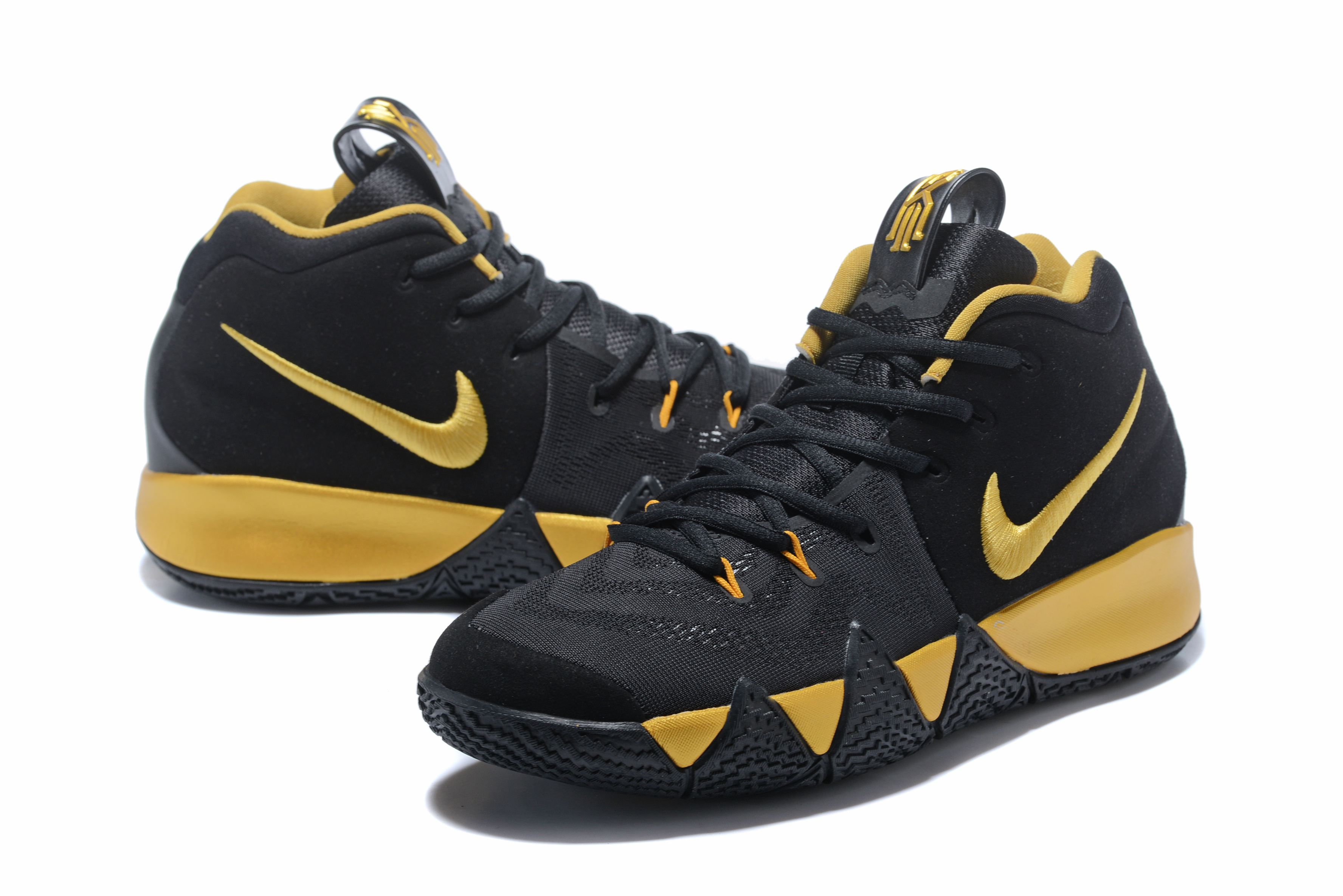 Nike Kyrie Irving 4 Black Gloden Shoes