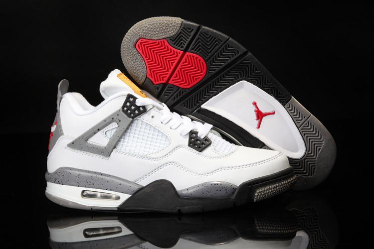 New Jordan 4 Retro White Black Shoes With Bulls Print